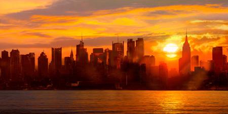 Shaun Green - Sunset over Manhattan